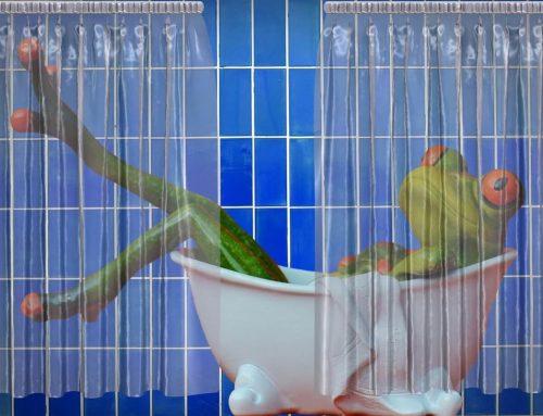Как да почистим завесата в банята?
